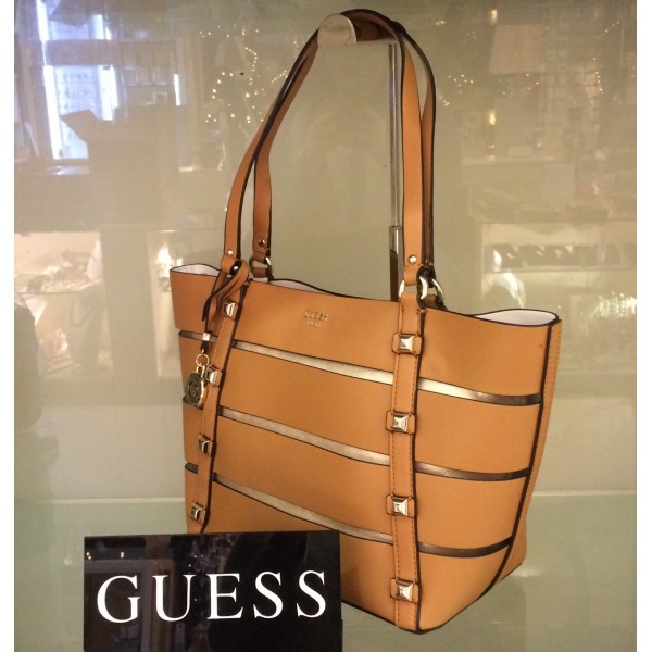 fd674574b45b guess-exie-tan-tote-bag – Quayside Shopping Centre